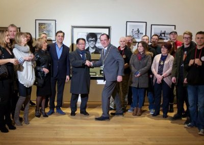 Meeting the mayor at the opening of the Bruce Lee exhibition February 2017